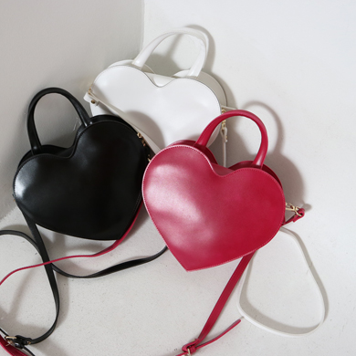 heart cross bag