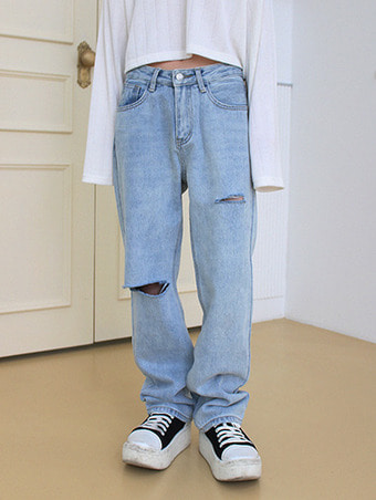 damege light denim pants