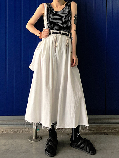 string stitch skirt / 2color