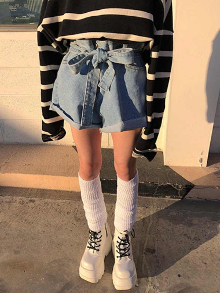 belt high denim shorts