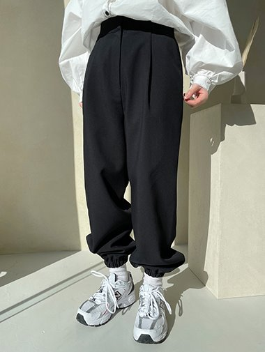 Pintuck jogger slacks / 2color